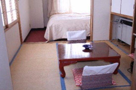 スタンダートツインルーム(和洋室・バス・トイレ付き)