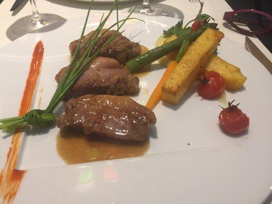 Le Moderne : Non seulement les assiettes sont belles, équilibrées et bien colorées mais encore le goût est ex