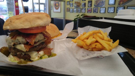 Waterbury, CT: Triple Classic Burger with Bacon and Regular Fries