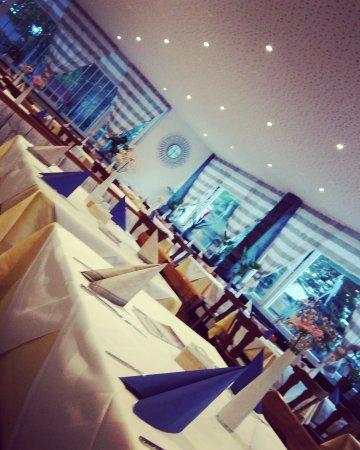 Ludwigshafen, Tyskland: Restaurant Jahnturnhalle