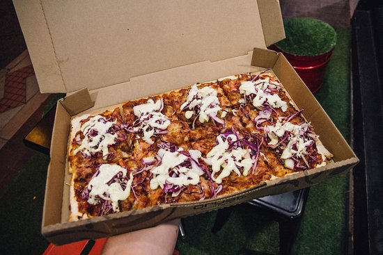Mount Lawley, Αυστραλία: Pulled Pork and Slaw Pizza