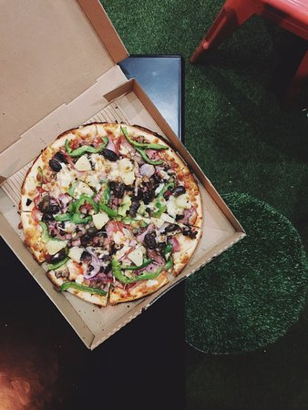 Mount Lawley, Australia: Gluten Free Crust Supreme Pizza