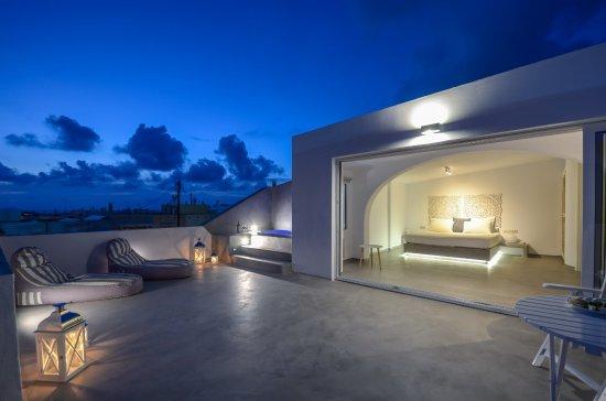 Saint Vlassis Hotel: Penthouse Suite