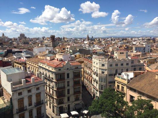 Torres de Serranos : Views