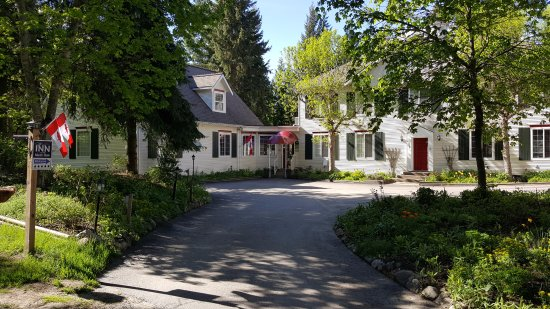 The Inn at the Ninth Hole Bed & Breakfast Photo