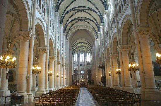 Eglise Notre-Dame de la Croix de Menilmontant