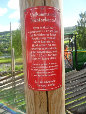 Lillehammer, Noruega: Info på traktorbanen