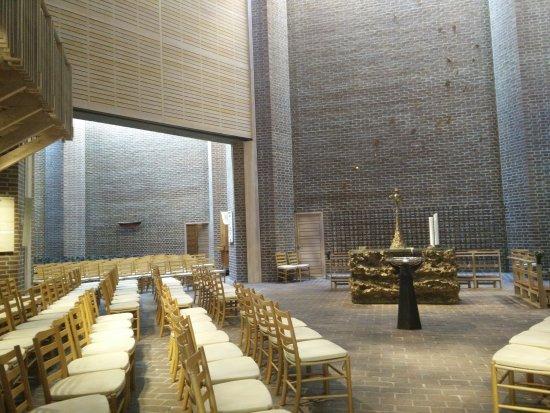 Gammel Holte Kirke