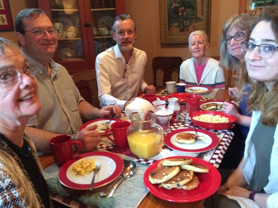 Clinton, NY: A family  enjoying a Breakfast at The Milkhouse B&B