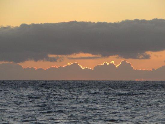 Days Inn Maui Oceanfront: очередной закат