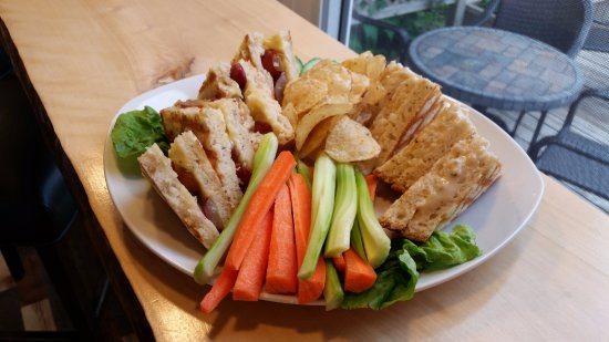 Sackville, Canada: GF Grilled Cheese Platter.  Vegan available