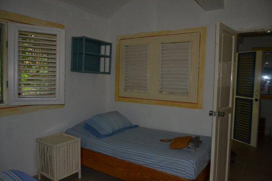 seconda camera con letto singolo - Picture of Hotel Casa Robinson ...