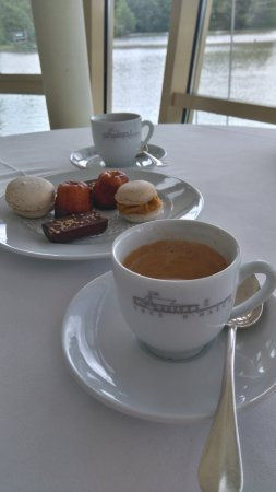 Hagetmau, França: café