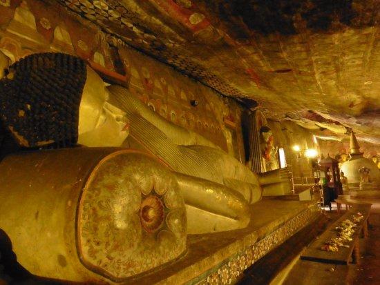 Dambulla, Sri Lanka: interior de la cueva