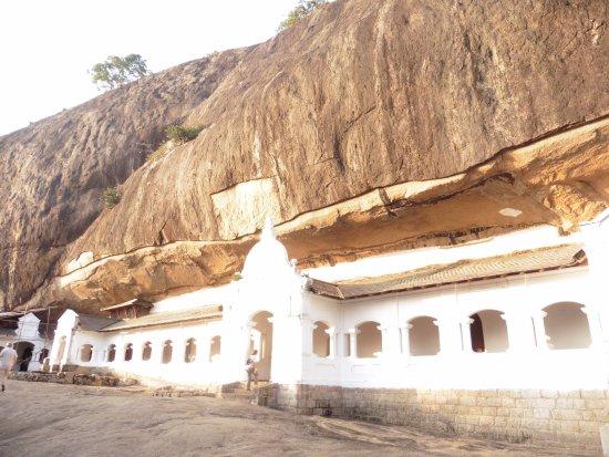 Dambulla, Sri Lanka : entrada a las cuevas