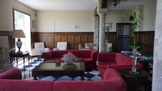 Hacienda Minerva: Salon con vistas del campo