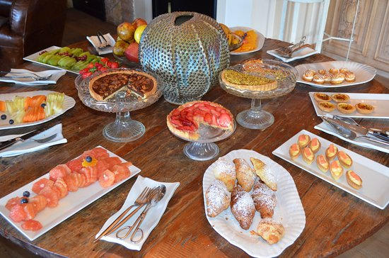 Hotel Villa Ducale: Just a part of the buffet breakfast.