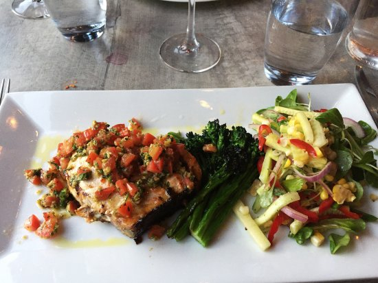 Sudbury, MA: Wonderful swordfish dish