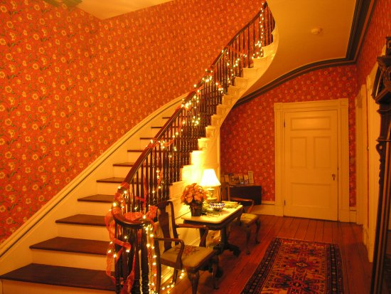Fairhaven, MA: front staircase