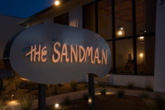 Sandman: Entrance