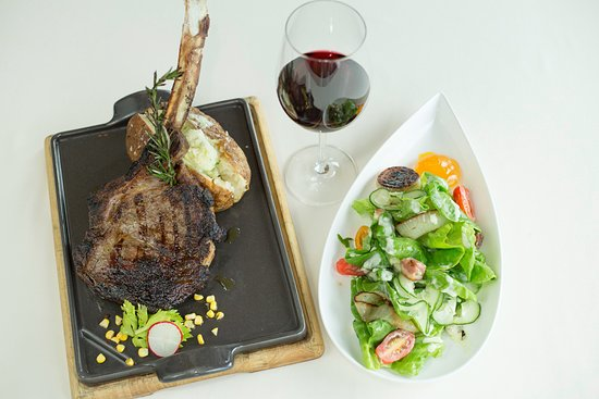 Duck, Βόρεια Καρολίνα: Entree and Salad