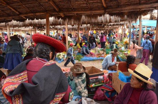 Chinchero, Perú: altra panoramica