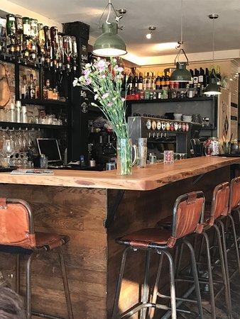 Café brasserie charmant et accueillant