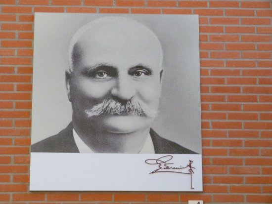 Epernay, França: fondateur , Mercier
