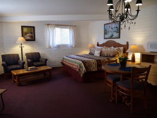 Pinetop-Lakeside, AZ: Room with King bed