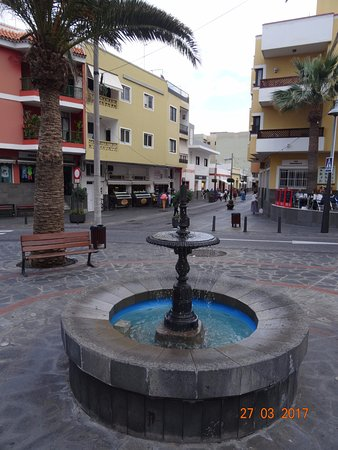 Oficina de turismo de candelaria spanien omd men for Oficina de turismo de sitges