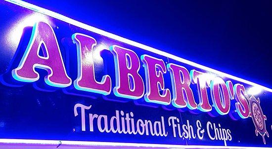 Courtown, Ireland: alberto's the best takeaway in the coast
