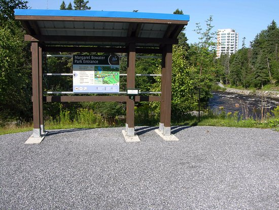 Corner Brook, Canada: info kiosk with mapping and attractions listed