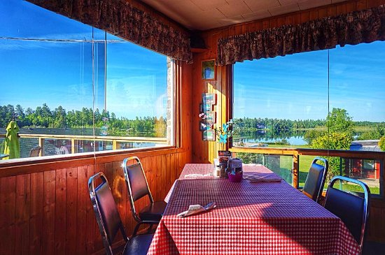 Rock Pine Restaurant: The view from the dining room