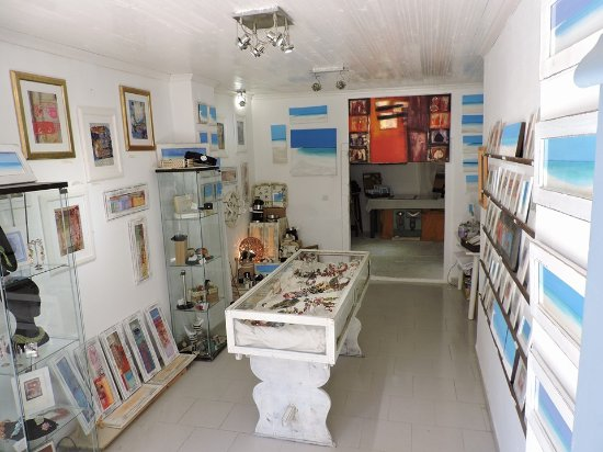 Gaios, Grekland: Fiona Gillies art gallery inspired by Paxos waiting for your visit!
