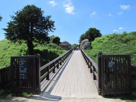 Salisbury, UK: bridge across the moat