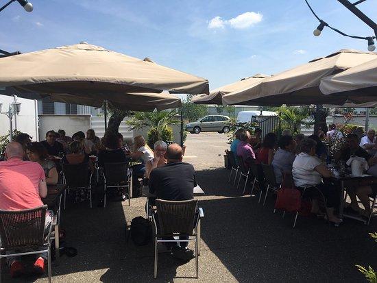 Restaurant le meeting dans haguenau avec cuisine barbecue for Le jardin haguenau restaurant