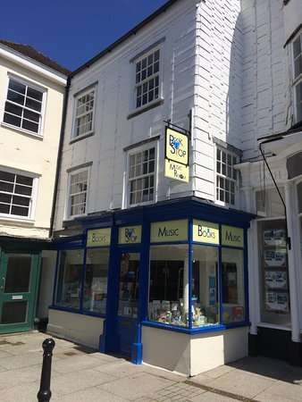 Tavistock, UK: Shop in the corner