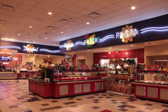 Village Pointe Omaha >> The Amazing Pizza Machine, Omaha - Restaurant Reviews ...