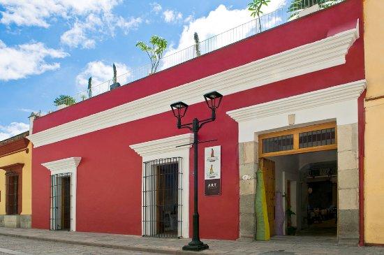 La Catrina de Alcala : fachada del hotel