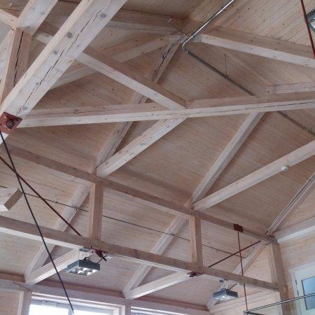 Glasslaven kunstsenter: Det er høyt under taket i den store salen på Glasslåven!