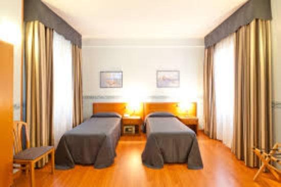 Cassiodoro rooms affittacamere b b bewertungen fotos for Hotel siracusa 3 stelle