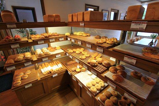 Kariya, Japonya: パンの販売