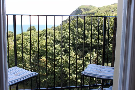 The Collingdale: Sit on the balcony and enjoy the splendid views