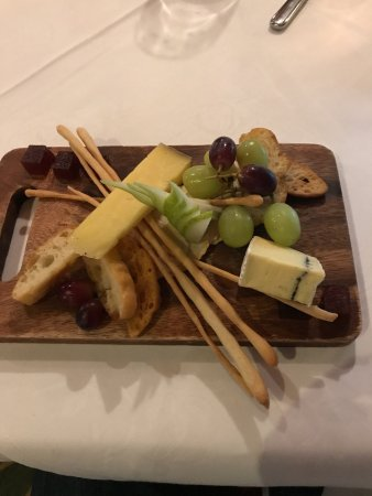 Shed 5 Bar u0026 Restaurant dessert cheese plate! & dessert cheese plate!!!! - Picture of Shed 5 Bar u0026 Restaurant ...