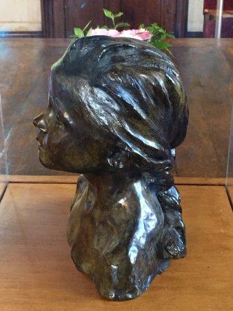 Azay-le-Rideau, France: buste original Camille Claudel