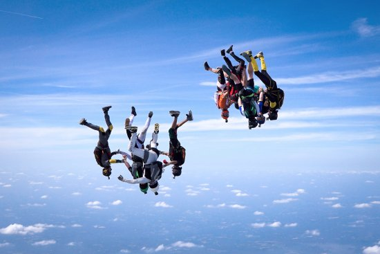 Raeford, Carolina del Norte: skydivers in formation