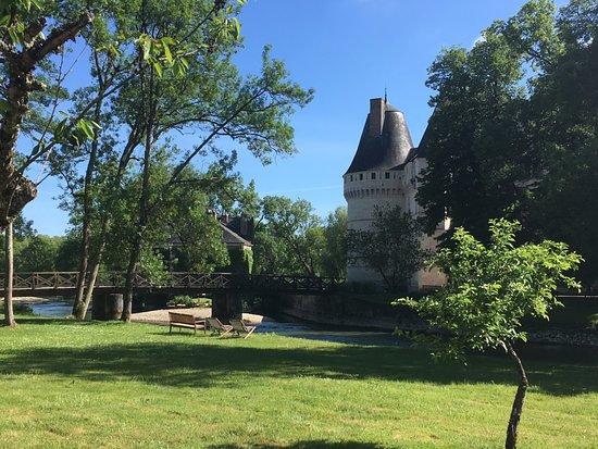 Azay-le-Rideau, France: côté parc