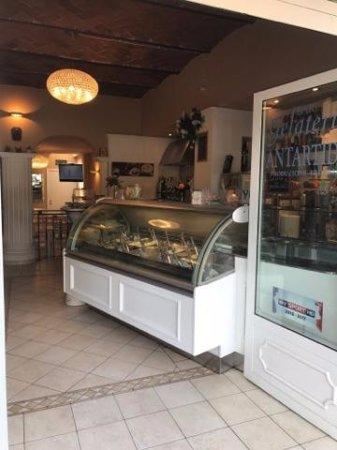 Galluzzo, Italien: Ingresso del Bar Gelateria Antartide