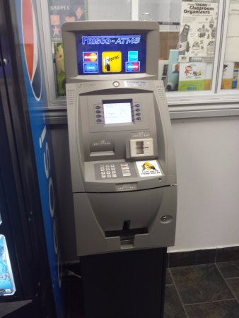 Woodbridge, Canadá: ATM on Site