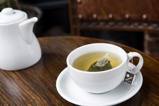 Halifax, UK: Tea